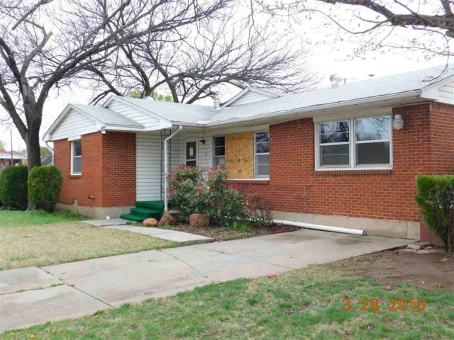 2109 NW 38th St, Lawton, OK 73505 (MLS #150239) :: Pam & Barry's Team - RE/MAX Professionals
