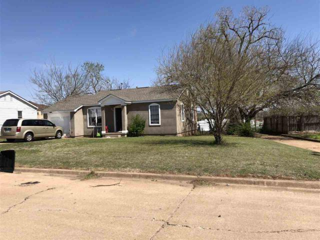 66 SE 7th St, Lawton, OK 73501 (MLS #150279) :: Pam & Barry's Team - RE/MAX Professionals