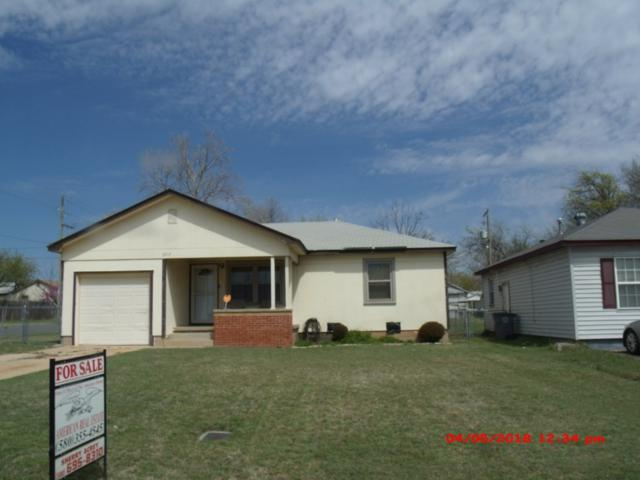 1917 NW Taylor Ave, Lawton, OK 73501 (MLS #150299) :: Pam & Barry's Team - RE/MAX Professionals