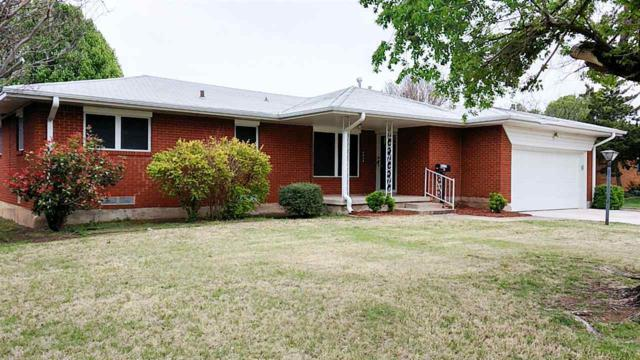 4638 SW Beta Ave, Lawton, OK 73505 (MLS #150314) :: Pam & Barry's Team - RE/MAX Professionals