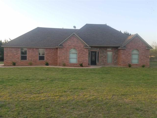 407 Hannah Ave, Fletcher, OK 73541 (MLS #150381) :: Pam & Barry's Team - RE/MAX Professionals