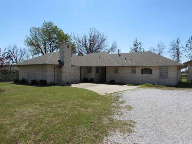 316 W Park Ave, Sterling, OK 73567 (MLS #150433) :: Pam & Barry's Team - RE/MAX Professionals