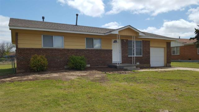 4406 NW Denver Ave, Lawton, OK 73505 (MLS #150495) :: Pam & Barry's Team - RE/MAX Professionals