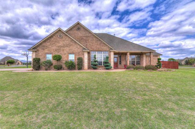 2 NW Lakewood Dr, Lawton, OK 73505 (MLS #150520) :: Pam & Barry's Team - RE/MAX Professionals