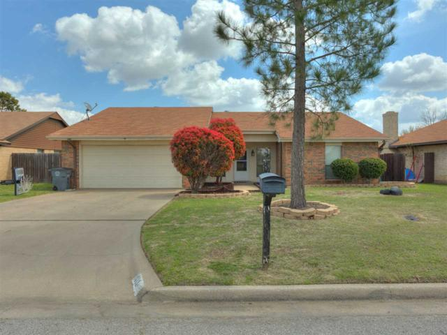 1813 NW Keystone Dr, Lawton, OK 73505 (MLS #150523) :: Pam & Barry's Team - RE/MAX Professionals