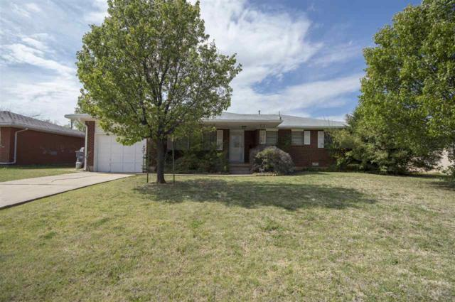 4517 SW Cherokee Ave, Lawton, OK 73505 (MLS #150579) :: Pam & Barry's Team - RE/MAX Professionals
