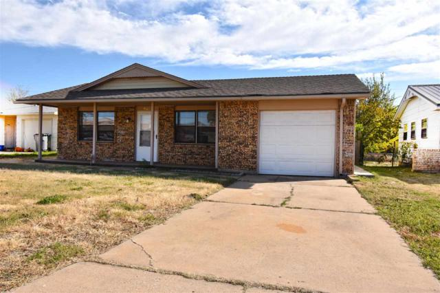 4620 NW Ozmun Ave, Lawton, OK 73505 (MLS #150622) :: Pam & Barry's Team - RE/MAX Professionals