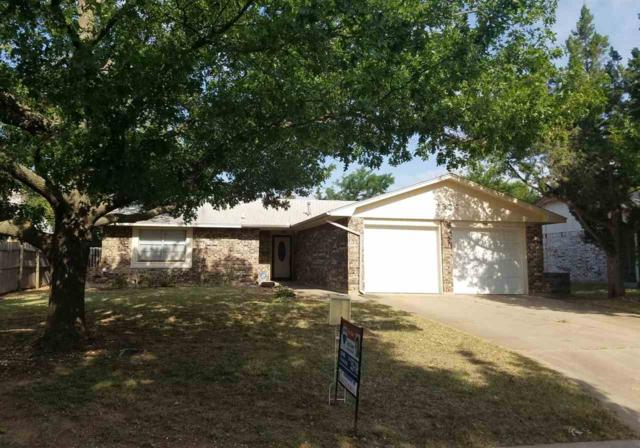 2324 NW 75th St, Lawton, OK 73505 (MLS #151019) :: Pam & Barry's Team - RE/MAX Professionals