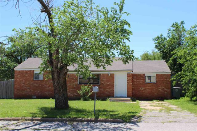 2106 NW Hoover Ave, Lawton, OK 73505 (MLS #151048) :: Pam & Barry's Team - RE/MAX Professionals