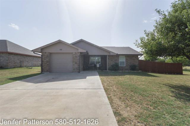 212 Osage Ave, Geronimo, OK 73543 (MLS #151191) :: Pam & Barry's Team - RE/MAX Professionals