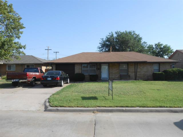 2923 NW Euclid Ave, Lawton, OK 73505 (MLS #151318) :: Pam & Barry's Team - RE/MAX Professionals