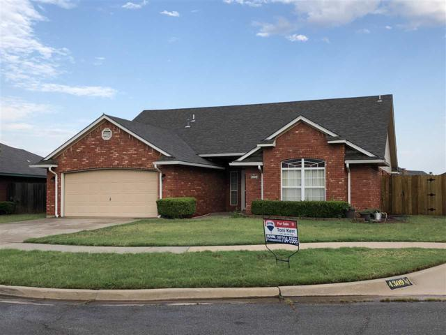 1901 SW 44th St, Lawton, OK 73505 (MLS #151329) :: Pam & Barry's Team - RE/MAX Professionals