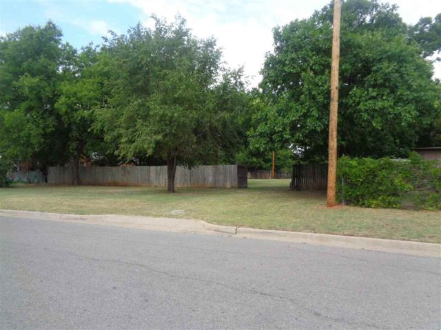 1607 SW 9th St, Lawton, OK 73501 (MLS #151359) :: Pam & Barry's Team - RE/MAX Professionals