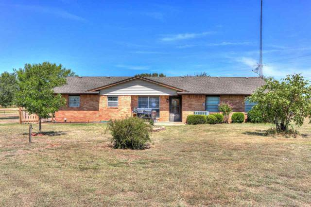 280 SE Willow Ln, Lawton, OK 73501 (MLS #151446) :: Pam & Barry's Team - RE/MAX Professionals