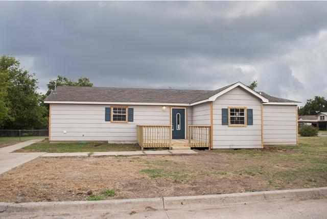 1802 NW Dearborn Ave, Lawton, OK 73507 (MLS #151447) :: Pam & Barry's Team - RE/MAX Professionals