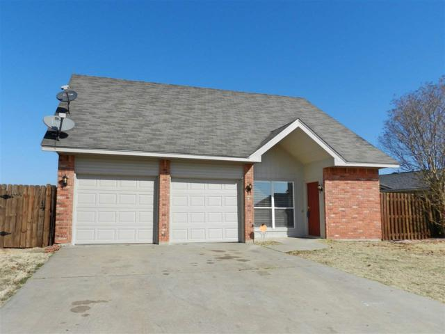 4009 SW Hickory Ln, Lawton, OK 73505 (MLS #151471) :: Pam & Barry's Team - RE/MAX Professionals