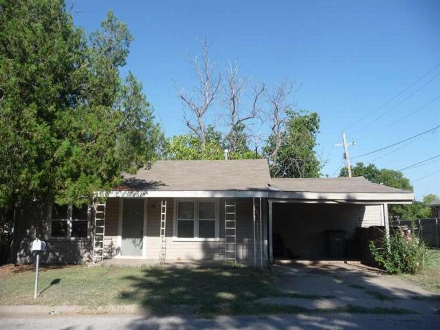 704 SW 12th St, Lawton, OK 73501 (MLS #151581) :: Pam & Barry's Team - RE/MAX Professionals