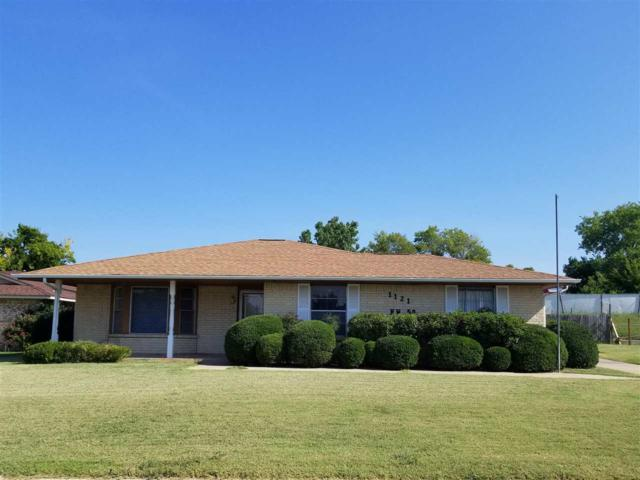 1121 NW 50th St, Lawton, OK 73505 (MLS #151654) :: Pam & Barry's Team - RE/MAX Professionals