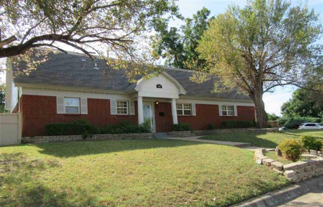 1821 NW 22nd St, Lawton, OK 73505 (MLS #151727) :: Pam & Barry's Team - RE/MAX Professionals