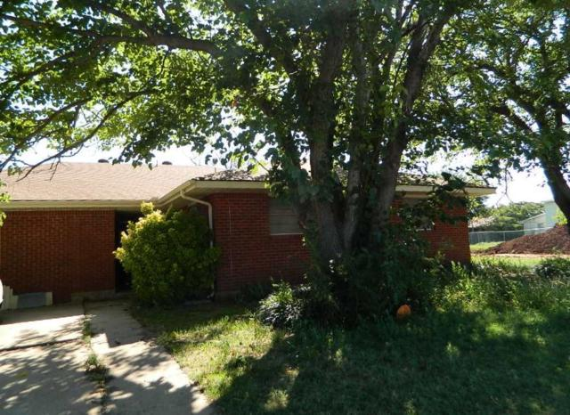 310 SW 52nd St, Lawton, OK 73505 (MLS #151798) :: Pam & Barry's Team - RE/MAX Professionals