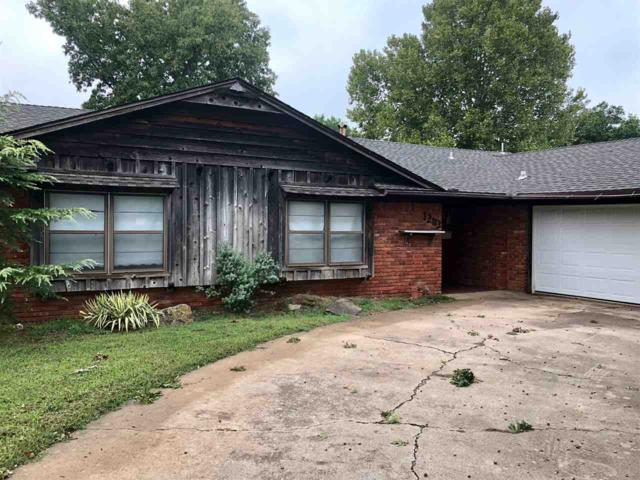 1203 N Harville, Duncan, OK 73533 (MLS #151799) :: Pam & Barry's Team - RE/MAX Professionals