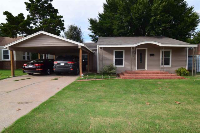 1113 NW Maple Ave, Lawton, OK 73507 (MLS #151836) :: Pam & Barry's Team - RE/MAX Professionals