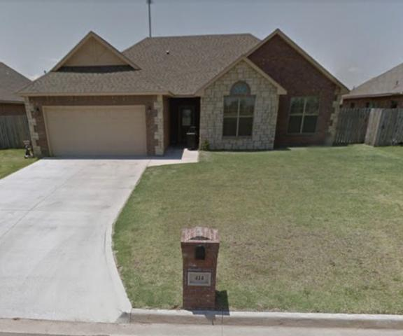 414 N Mountain Meadow Dr, Lawton, OK 73527 (MLS #151844) :: Pam & Barry's Team - RE/MAX Professionals