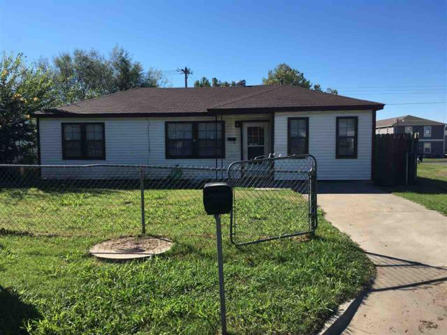 2128 NW Pollard Ave, Lawton, OK 73505 (MLS #151957) :: Pam & Barry's Team - RE/MAX Professionals