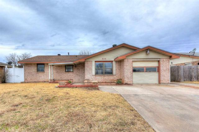 323 SW 74th St, Lawton, OK 73505 (MLS #152369) :: Pam & Barry's Team - RE/MAX Professionals