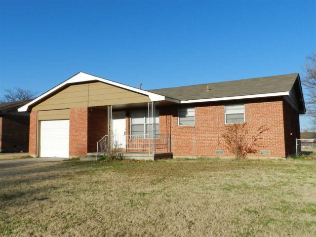 329 NW 65th St, Lawton, OK 73505 (MLS #152395) :: Pam & Barry's Team - RE/MAX Professionals