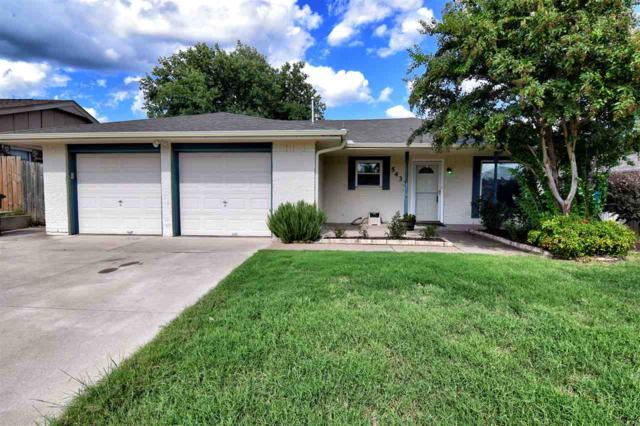 5433 NW Cottonwood Dr, Lawton, OK 73505 (MLS #152522) :: Pam & Barry's Team - RE/MAX Professionals