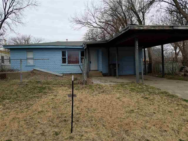 2505 SW H Ave, Lawton, OK 73505 (MLS #152665) :: Pam & Barry's Team - RE/MAX Professionals