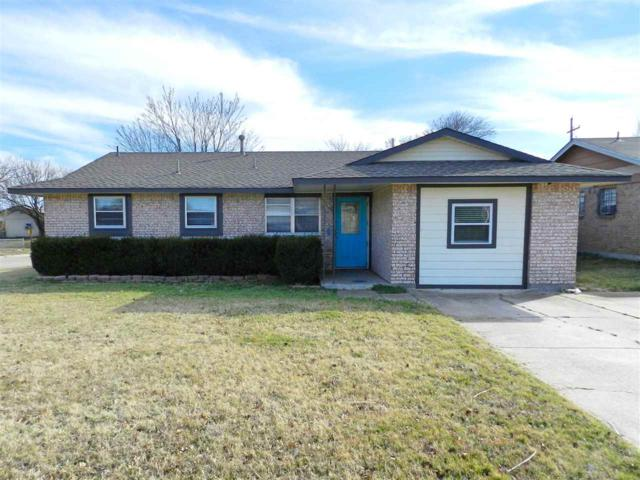 6402 NW Elm Ave, Lawton, OK 73505 (MLS #152775) :: Pam & Barry's Team - RE/MAX Professionals