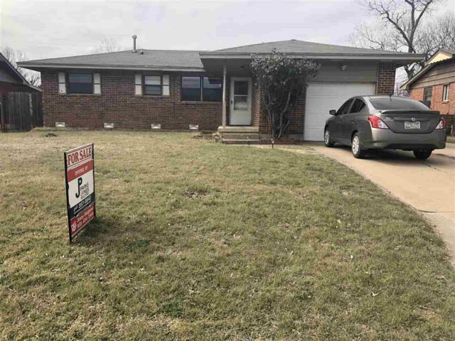 406 NW 57th St, Lawton, OK 73505 (MLS #152827) :: Pam & Barry's Team - RE/MAX Professionals