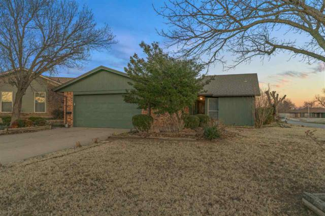 6745 SW Chaucer Dr, Lawton, OK 73505 (MLS #152845) :: Pam & Barry's Team - RE/MAX Professionals