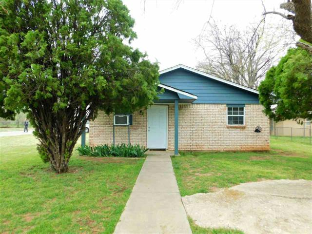 1229 SW Oklahoma Ave, Lawton, OK 73501 (MLS #152993) :: Pam & Barry's Team - RE/MAX Professionals
