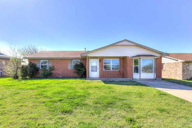 109 SW 68th St, Lawton, OK 73505 (MLS #153079) :: Pam & Barry's Team - RE/MAX Professionals