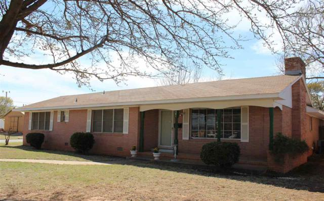 501 N 16th St, Frederick, OK 73542 (MLS #153098) :: Pam & Barry's Team - RE/MAX Professionals