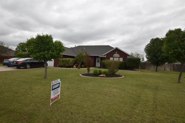 14 SW Riverbend Dr, Lawton, OK 73505 (MLS #153223) :: Pam & Barry's Team - RE/MAX Professionals
