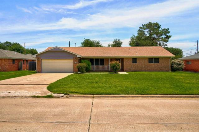 1607 NW 32nd St, Lawton, OK 73505 (MLS #153607) :: Pam & Barry's Team - RE/MAX Professionals