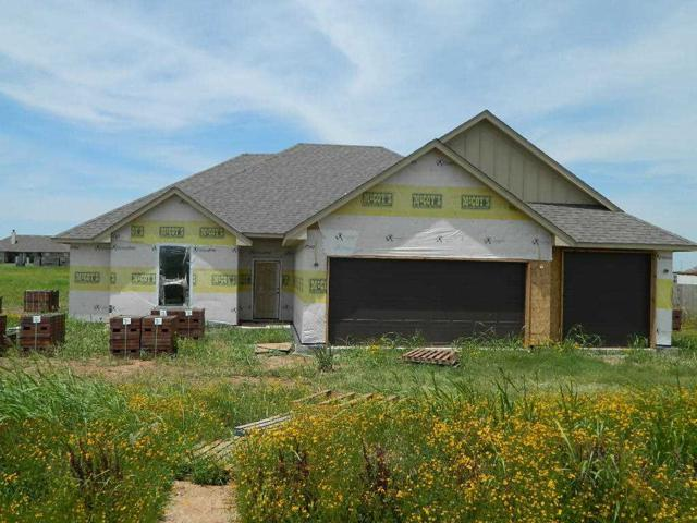 8650 SW Sun Valley Dr, Lawton, OK 73505 (MLS #153608) :: Pam & Barry's Team - RE/MAX Professionals