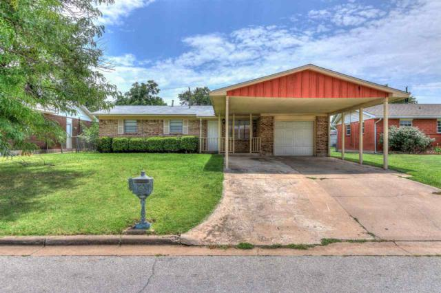 117 NE Babbitt Ave, Lawton, OK 73507 (MLS #153767) :: Pam & Barry's Team - RE/MAX Professionals