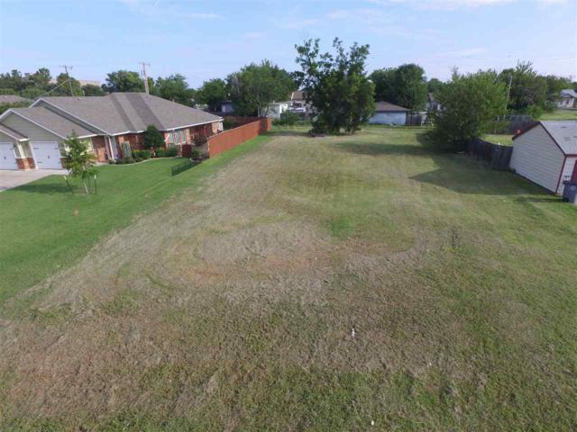 2509 SW E Ave, Lawton, OK 73505 (MLS #153787) :: Pam & Barry's Team - RE/MAX Professionals