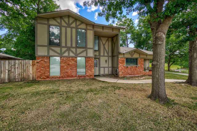207 NW 74th St, Lawton, OK 73505 (MLS #153842) :: Pam & Barry's Team - RE/MAX Professionals