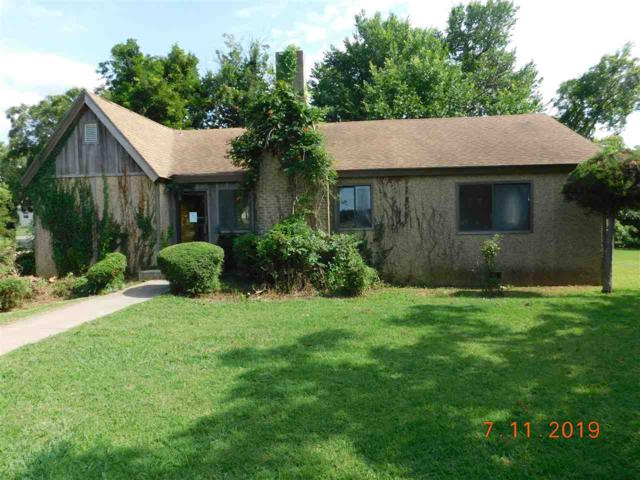 1302 NW Lake Ave, Lawton, OK 73507 (MLS #153852) :: Pam & Barry's Team - RE/MAX Professionals