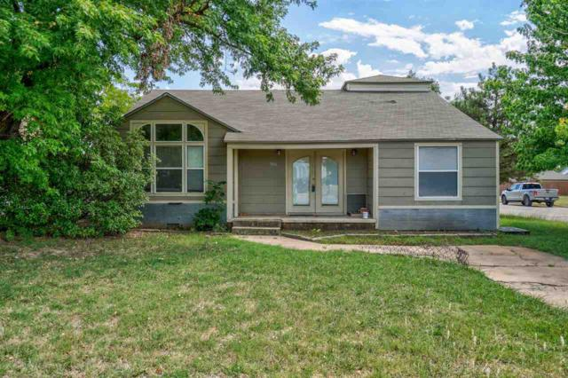 1816 NW Dearborn Ave, Lawton, OK 73507 (MLS #153984) :: Pam & Barry's Team - RE/MAX Professionals