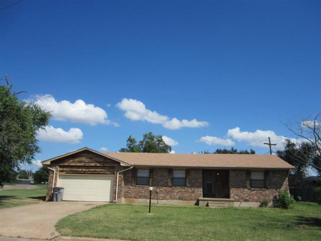 717 NW 40th St, Lawton, OK 73505 (MLS #154006) :: Pam & Barry's Team - RE/MAX Professionals