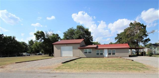 607 NW Pecan Ave, Cache, OK 73527 (MLS #154037) :: Pam & Barry's Team - RE/MAX Professionals