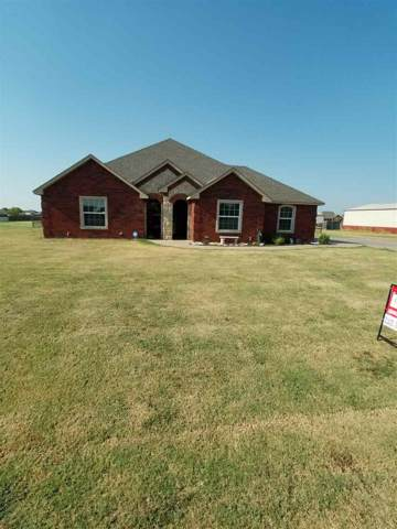 128 NE Creekside Dr, Elgin, OK 73538 (MLS #154178) :: Pam & Barry's Team - RE/MAX Professionals
