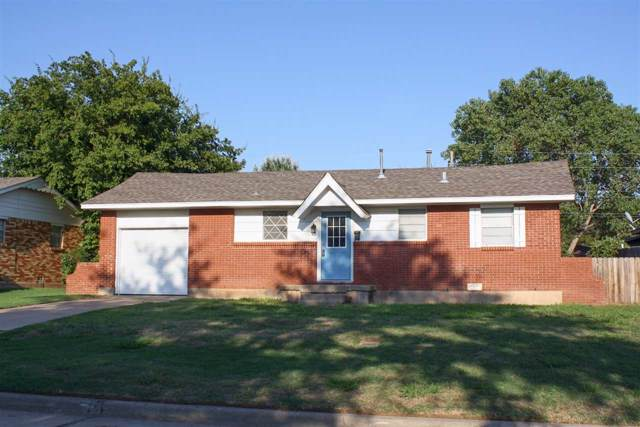 407 NW 57th St, Lawton, OK 73505 (MLS #154264) :: Pam & Barry's Team - RE/MAX Professionals